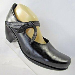 NAOT Size Eu 42 Black Mary Jane Womens R1 B18